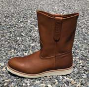 This Red Wing Farm and Ranch boot is made in the USA. It feathers leather welts and leather lining. It has a Electrical Hazard rating. The sole is a wedge foam sole for your comfort.